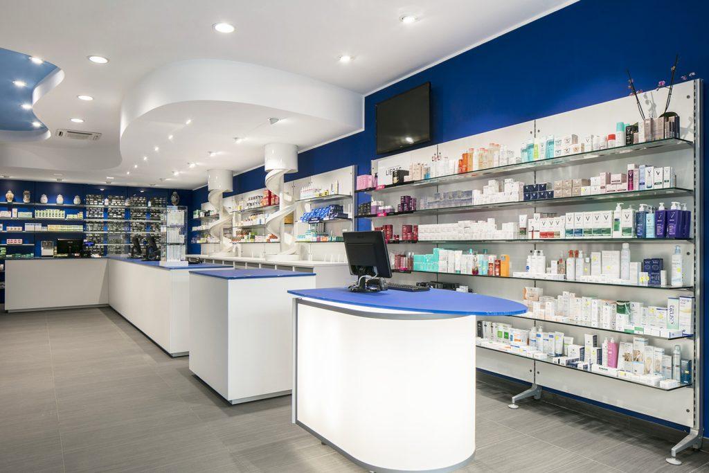 Farmacia Blasi di Bagnaia - vista sul bancone